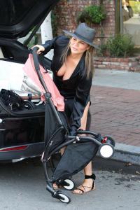 Chrissy Teigen  Mommy Duties On Melrose 4
