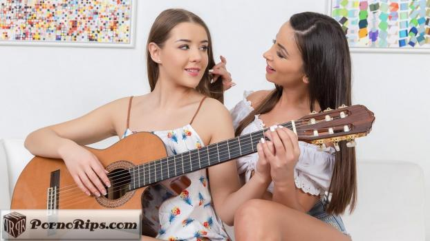 sapphicerotica-18-01-19-alyssia-kent-and-sybil.jpg