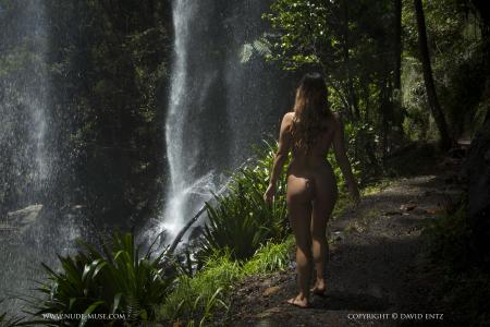 Scarlett-Morgan-In-Paradise--c6sbc4hoxq.jpg