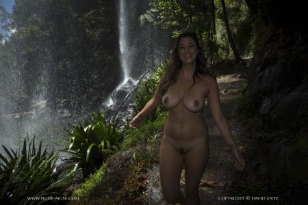 Scarlett Morgan - In Paradise  m6r3jiqn74.jpg