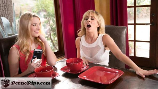 mommysgirl-18-01-27-cherie-deville-and-kenna-james-caught-with-my-remote.jpg